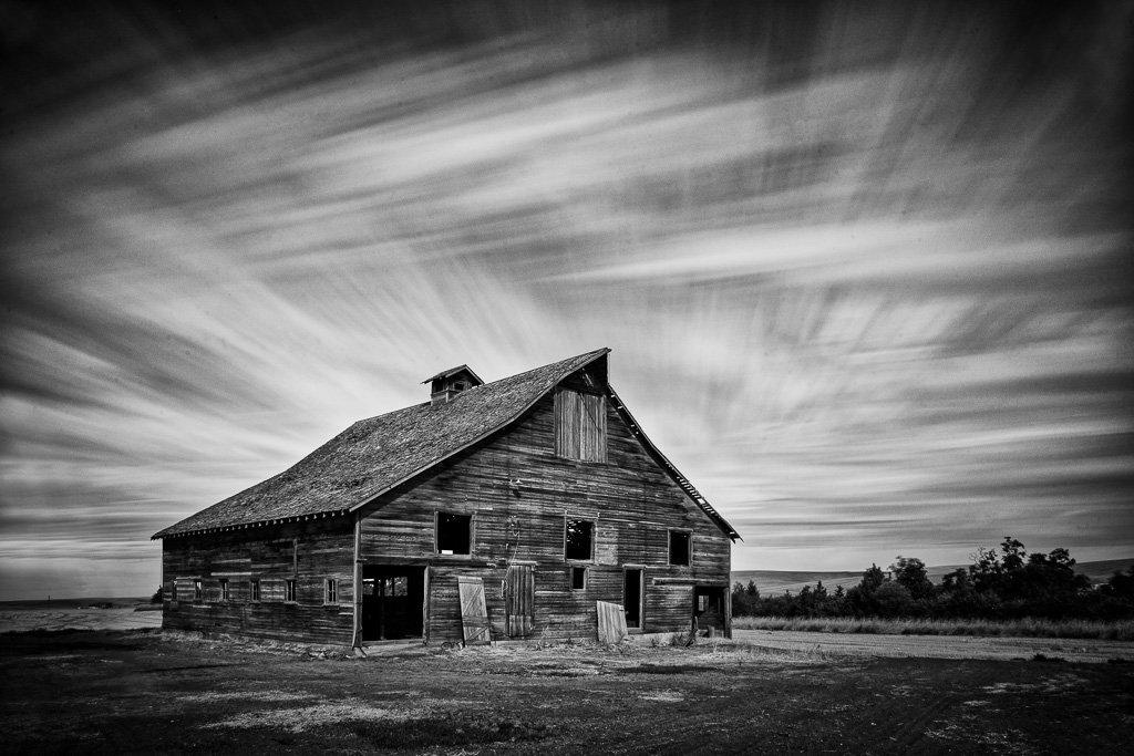 200616_Palouse-Barn-Sky