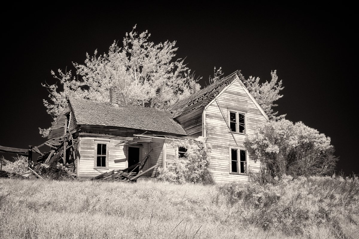 Abandoned-House-on-the-Hill